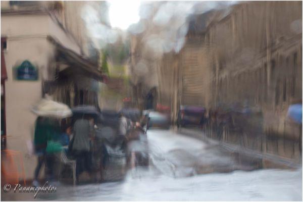 Les Parapluies De La Perle .