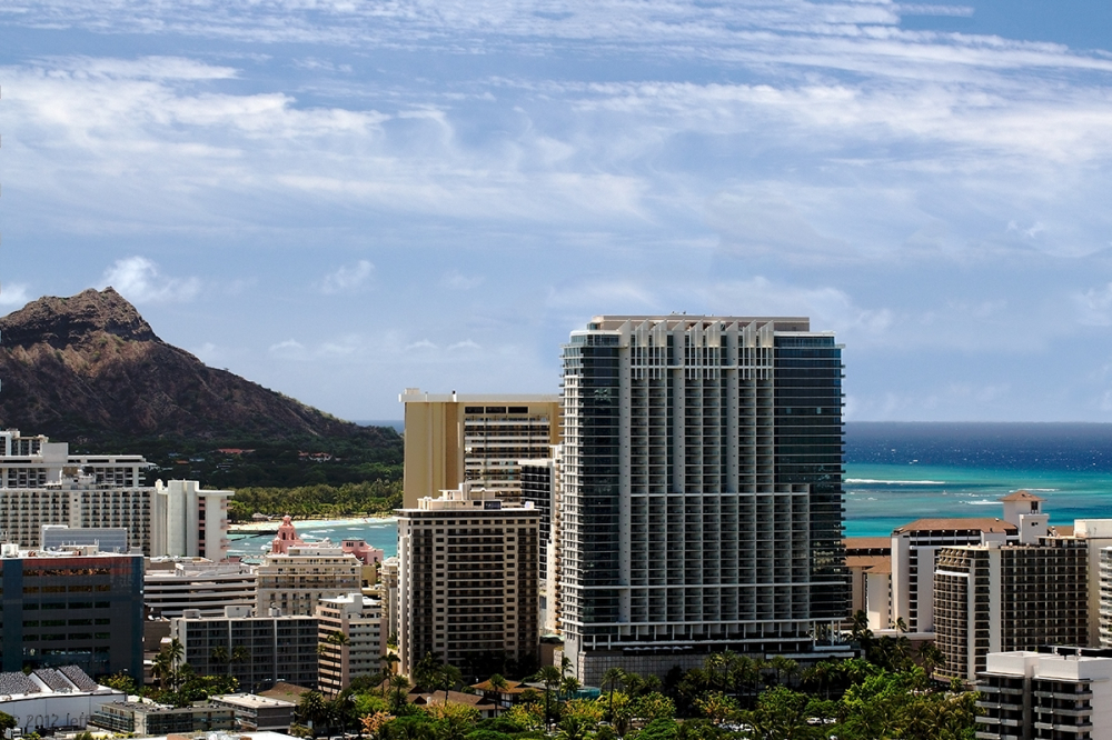 trump tower and diamond head