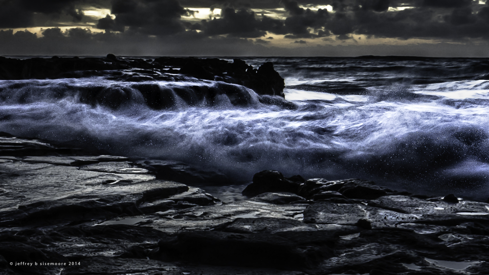the turbulent ocean | sunrise near sandy beach XII