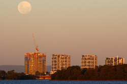 moon over Burswood