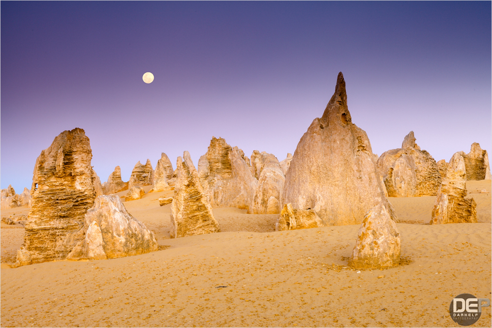 moonrise over pinnacles