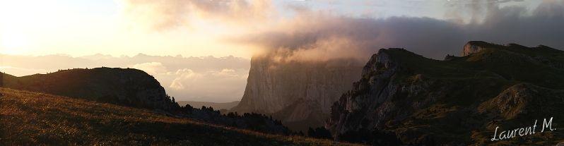 le mont Aiguille au petit matin