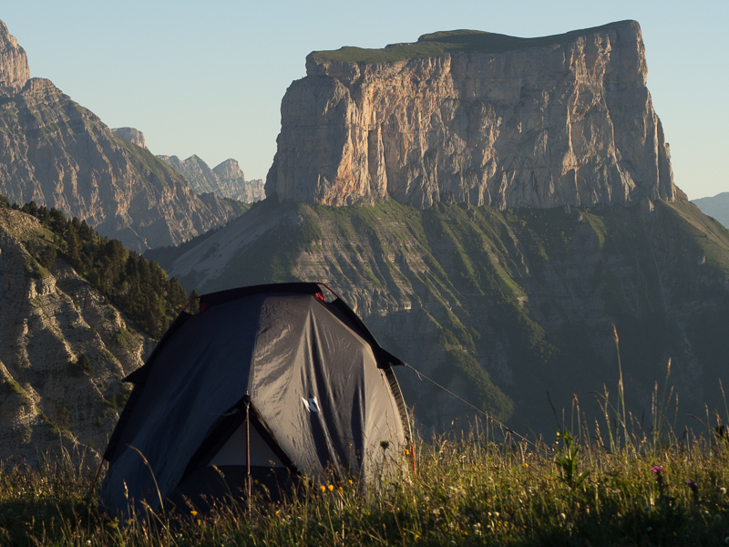 lever de soleil devant le Mont Aiguille