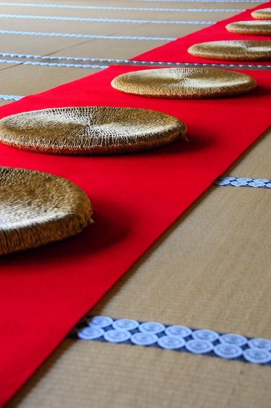 Floor cushions (座ぶとん)