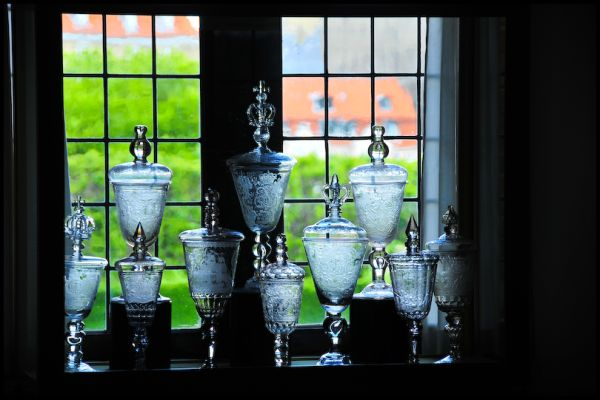 The Queen's Glass