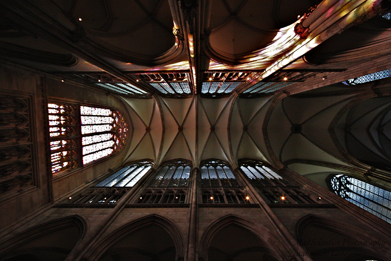 Cologne Cathedral, Bays