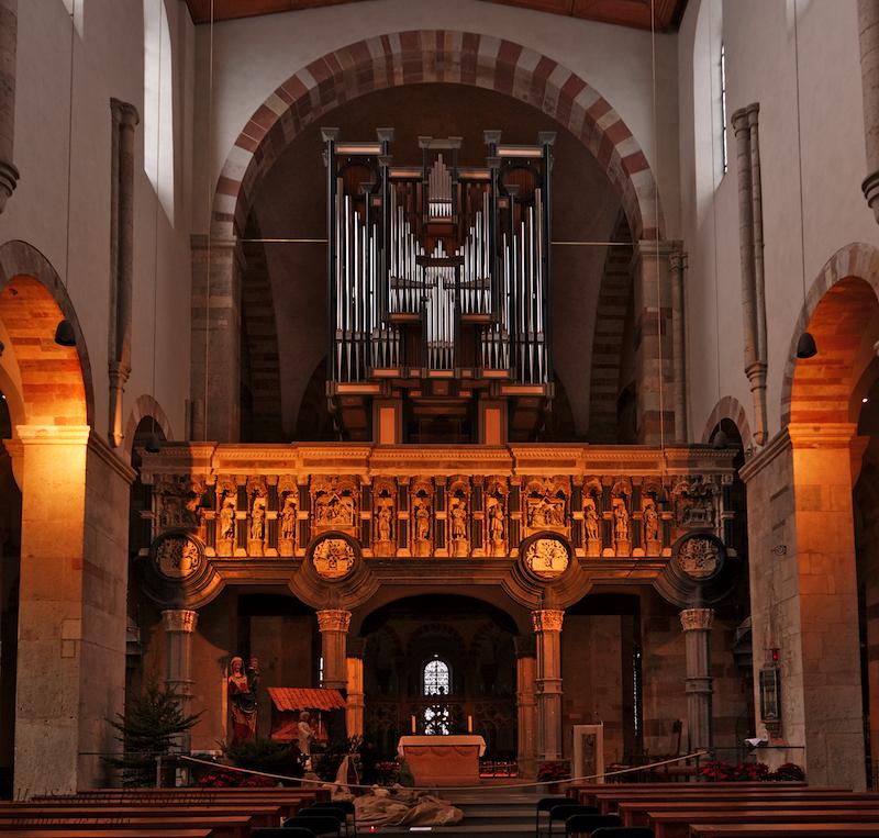 St. Maria im Kapitol, Rood Screen