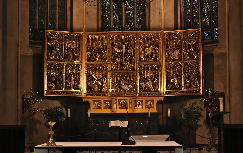 Grote of Sint-Martinuskerk, Venlo: Altar