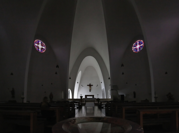 St. Engelbert, Cologne: Interior