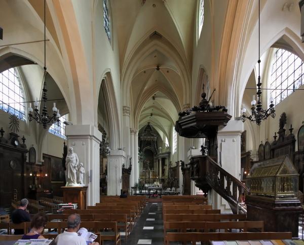 Église St-Nicolas, Brussels: Interior