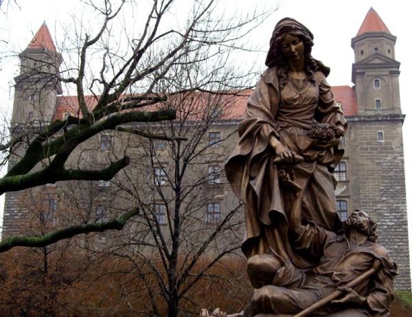 St. Elizabeth of Hungary, Bratislava Castle