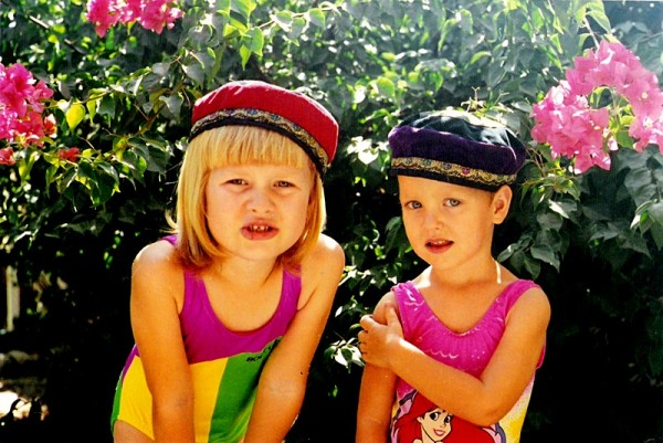 Flori and Kika get new hats - Muscat, Oman