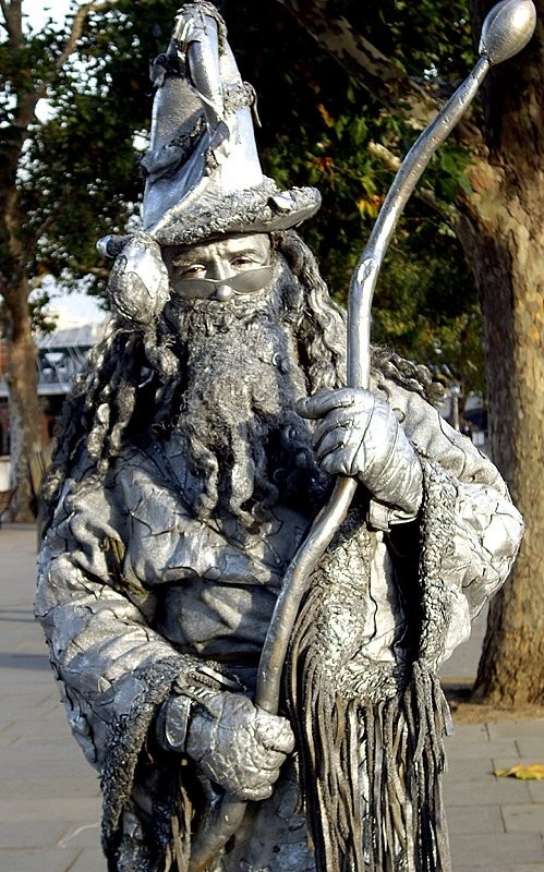 The Wizard - A London statue man II