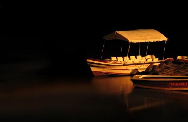 boat at hotel Kandy river