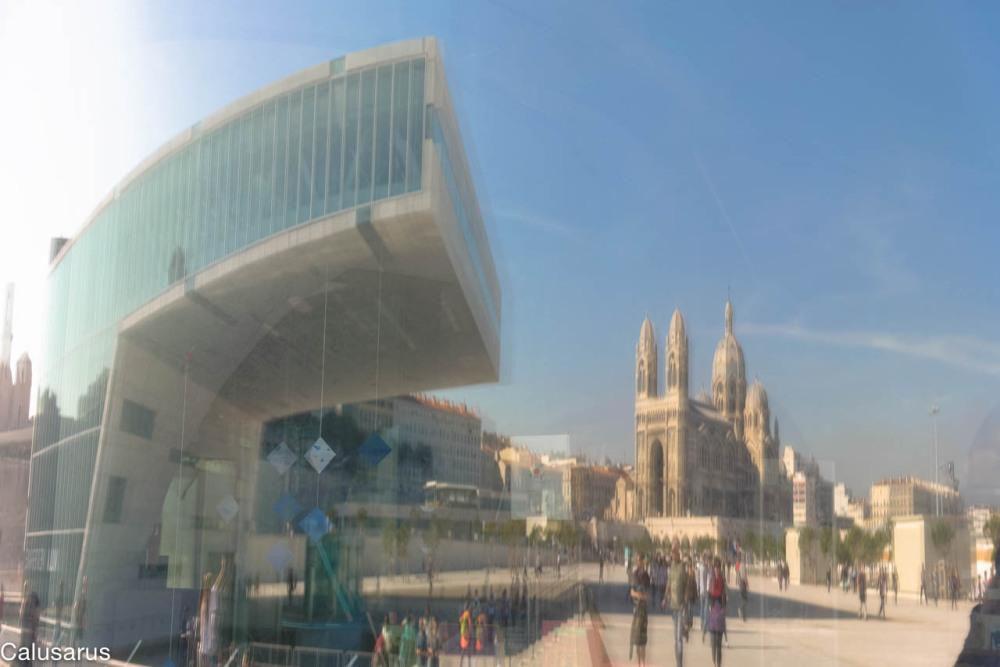 Marseille lieu-sacre reflet