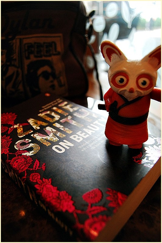 Master Shifu on Zadie Smith before Bob Dylan