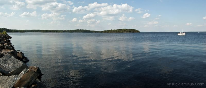 Blue, blue, blue lake
