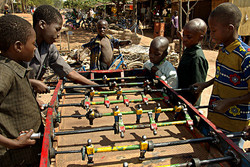 Baby-foot street players (Burkina Faso)