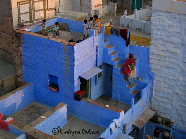 The life on roofs. (Jodhpur-India)