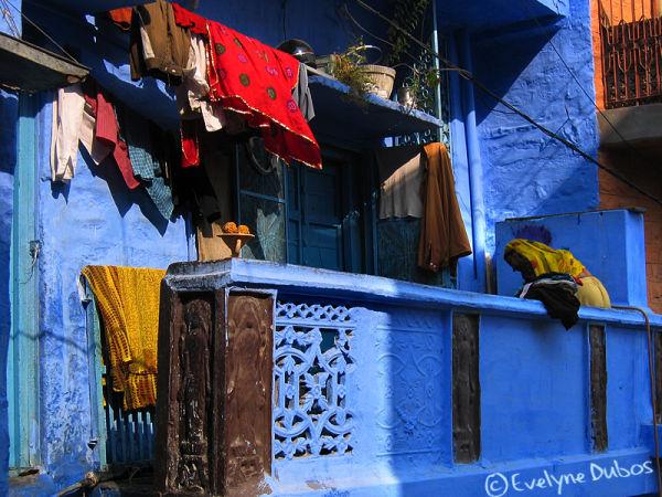 Corvée de lessive... oui, mais en couleur...