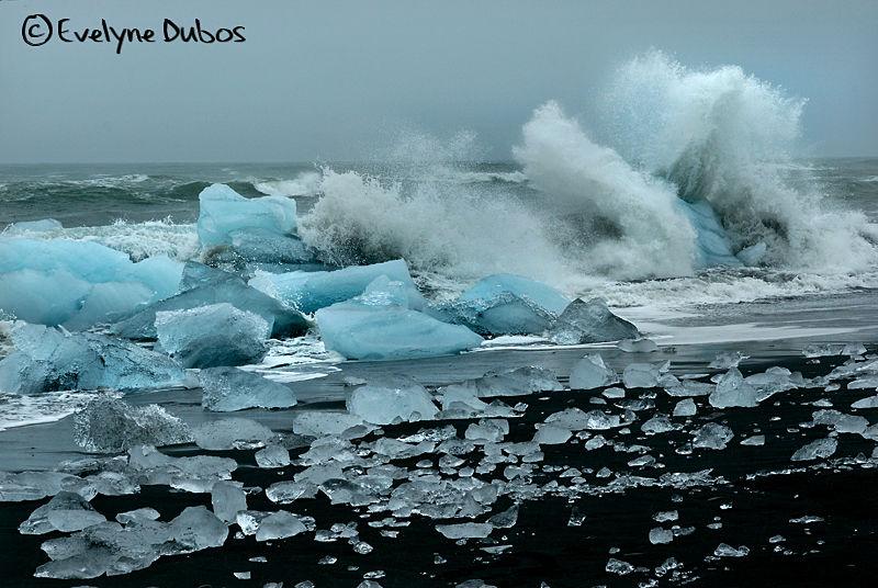 Diamonds of the beach  -2-  (Iceland)