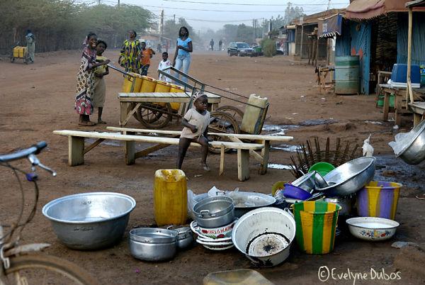 FOULER LE SOL AFRICAIN...
