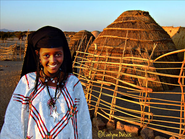 La petite mariée du désert. (Niger)