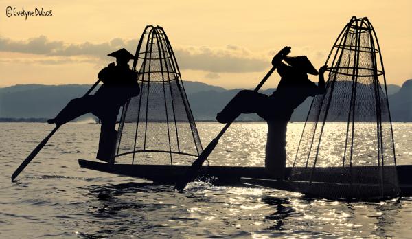 Les acrobates du lac Inlé