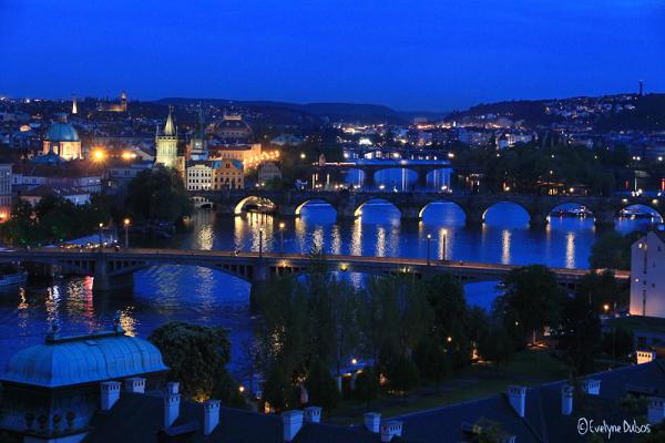 Prague : l'heure bleue.