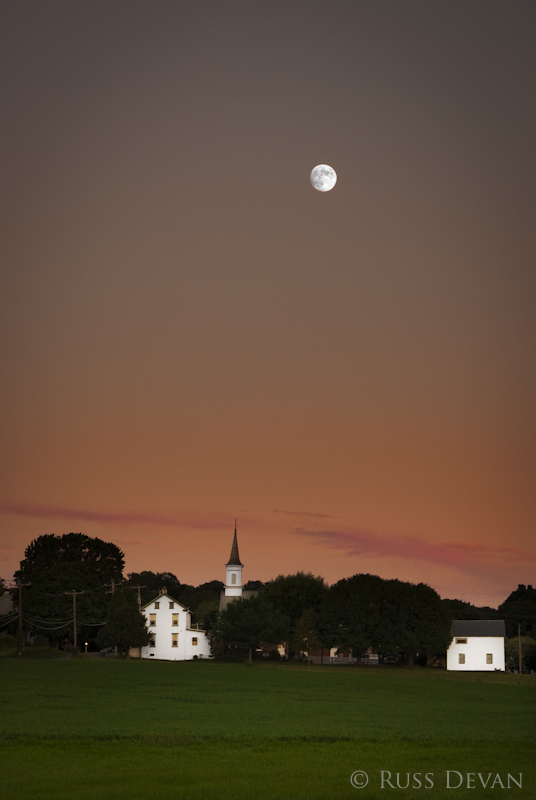 Moonrise, Niantic Village