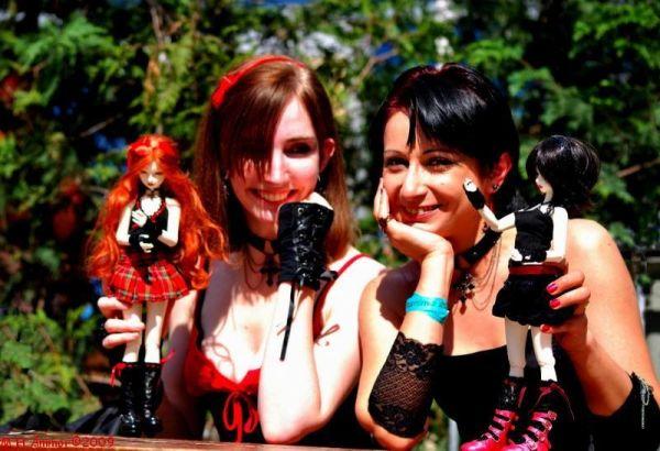 Cosplayer's dolls