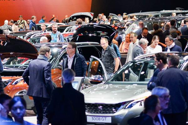Au Mondial de l'Automobile 2016