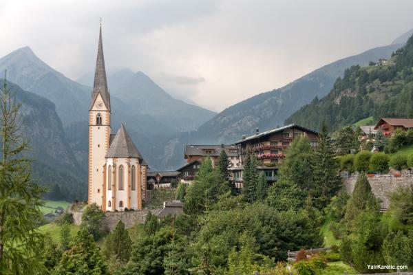 St Vincent Church and Grossglockner, Heiligenblut