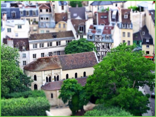 Saint-Julien Le Pauvre (des tours de Notre-Dame)