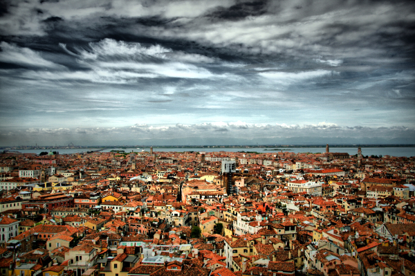 Up There (Venise/Venice)