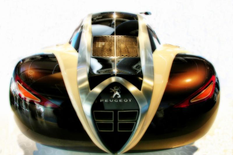 Concept Car Peugeot 4002   (2/2)