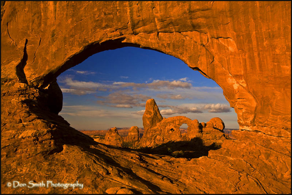 utah, red rock, arches, sunrise