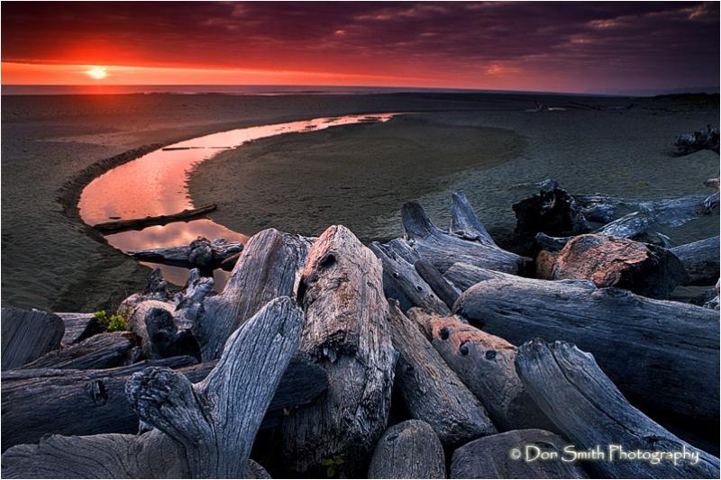 Sunset over Gold's Bluff Beach.