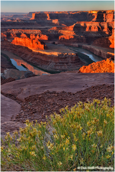 Sunrise at Dead Horse Point State Park.