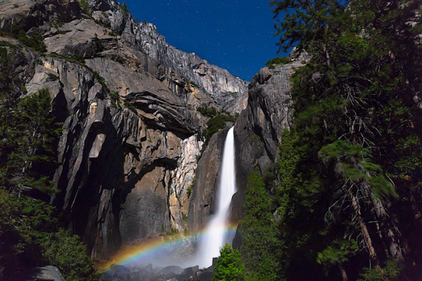 Moonbow (lunar rainbow), Yosemite Fall