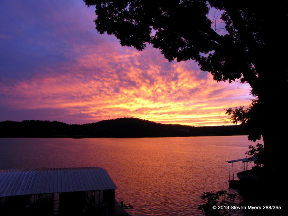 288/365 Sunset Fills the Sky