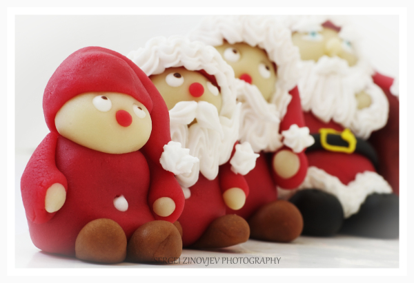 marzipan Christmas figurines