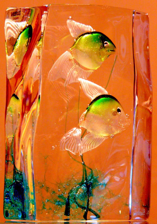 Vase ou bocal poisson art design photos vert for Bocal a poisson design