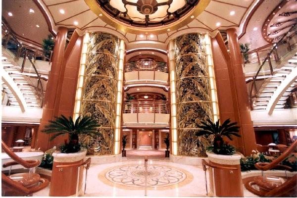 Grand Atrium MV Golden Princess Transportation Photos
