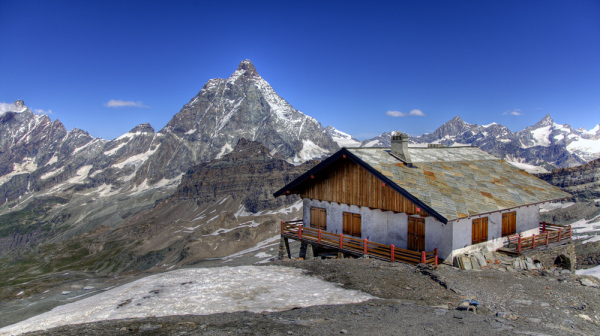 Mountain hut