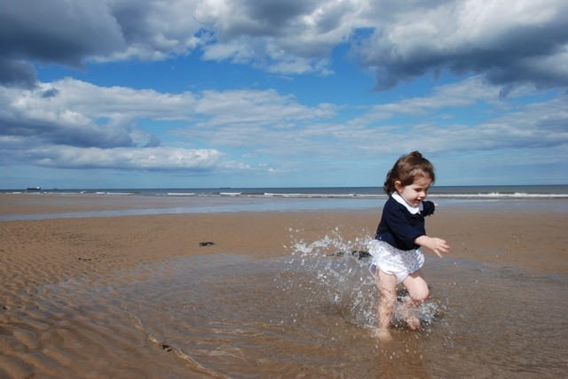 a child and the sea
