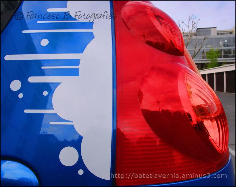 Bleu  blanc  rouge  -  II