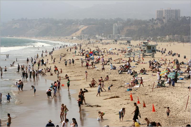 Santa Monica - the beach north of the pier