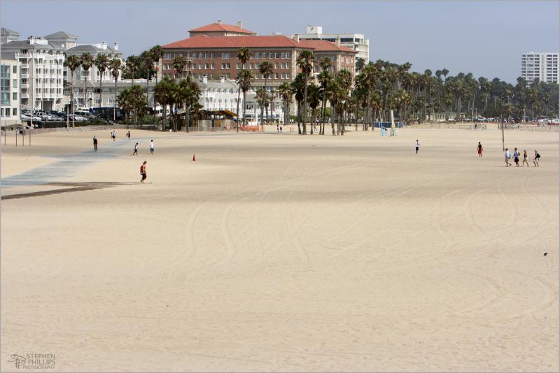 Santa Monica - the beach south of the pier