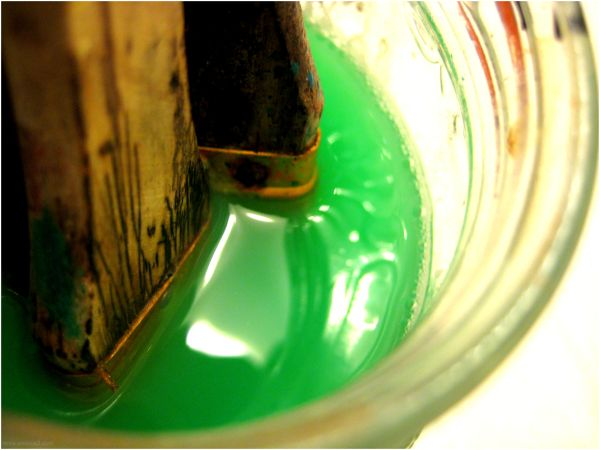 verde agua.